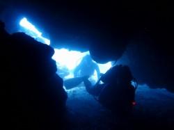 洞窟コースへ。